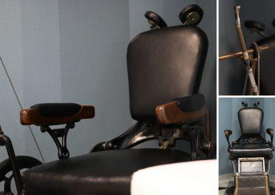 ein antiker Zahnarztstuhl im Wartezimmer